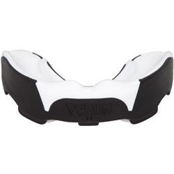 Капа боксерская Venum Predator Mouthguard Black/White - фото 14034