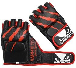 Перчатки для ММА Bad Boy Hammer Fist Black/Red - дополнительный вид
