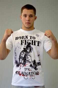 Футболка М-1 Гладиатор Born to Fight белая - в стойке