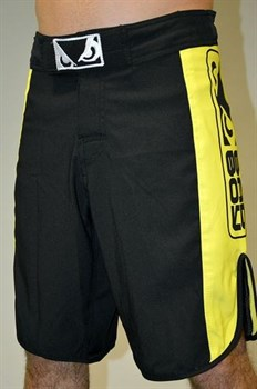 Шорты  Bad Boy Strike черно-желтые - левым боком