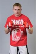 Футболка М-1 Медведь MMA красная - в стойке